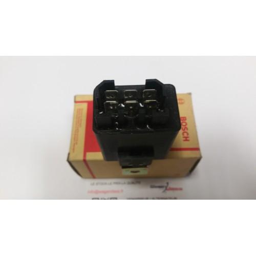 Relais jetronic Bosch 0280230112 pour Peugeot 604 ( 561A ) 2,8 GTI