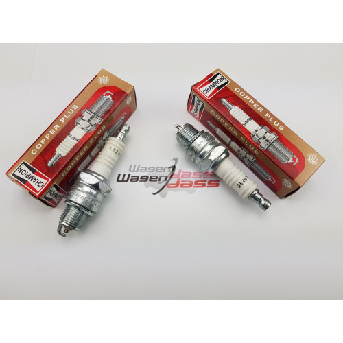 Set of 2 spark plug Champion L92YC